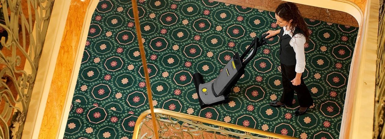 Upright brush-type vacuum cleaners