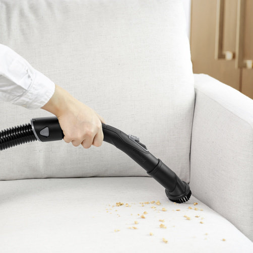 Detachable floor nozzle